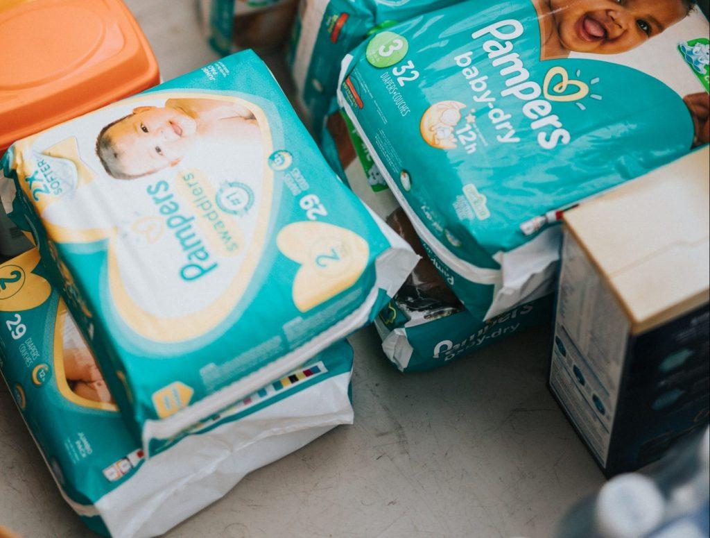 babydoos blije doos zwangerschapsbox babypakket cadeaupakket babydozen babyboxen verrassingspakket zwangerschap bevalling geboorte